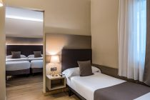 Triple Room at Hotel Prisma Barcelona